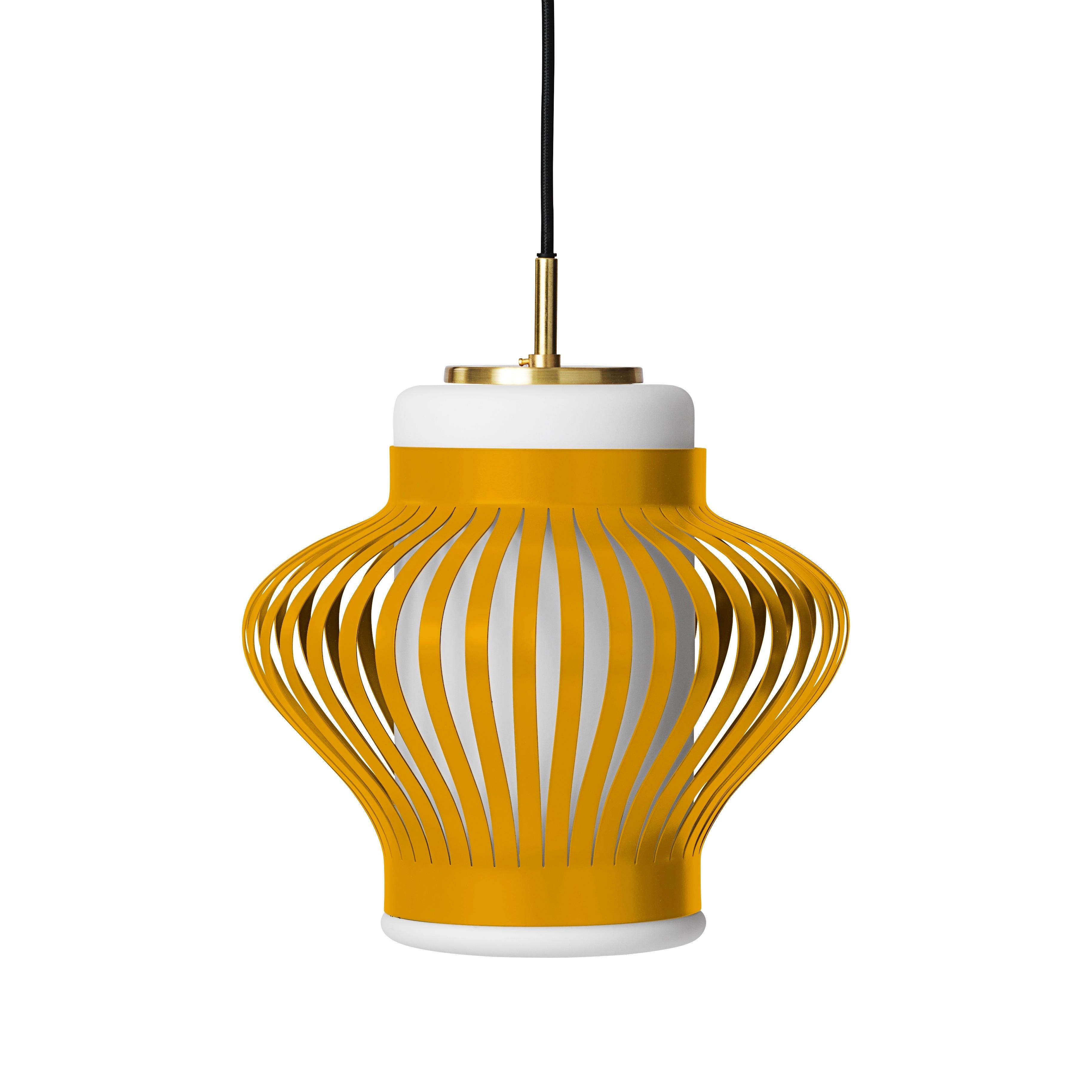 Opal lamella taklampa honey yellow