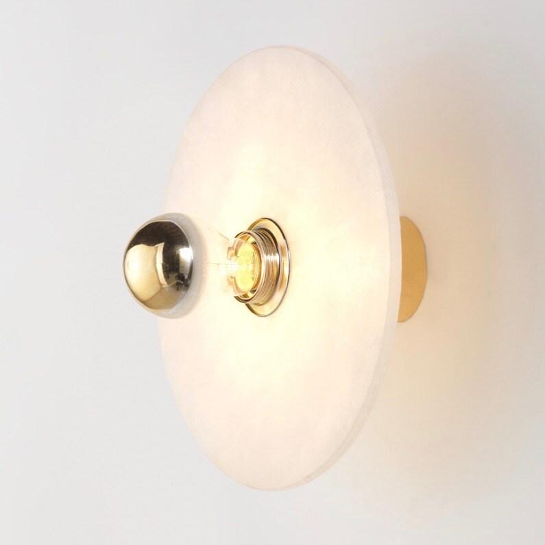 Alba Ø35 vägglampa alabaster/guld