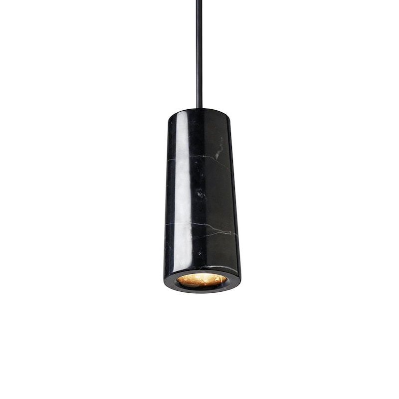 Core single taklampa svart Marquina marmor