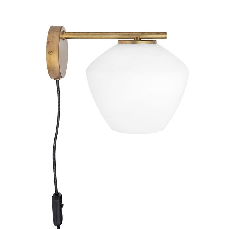 DK 1:A vägglampa råmässing/opalglas
