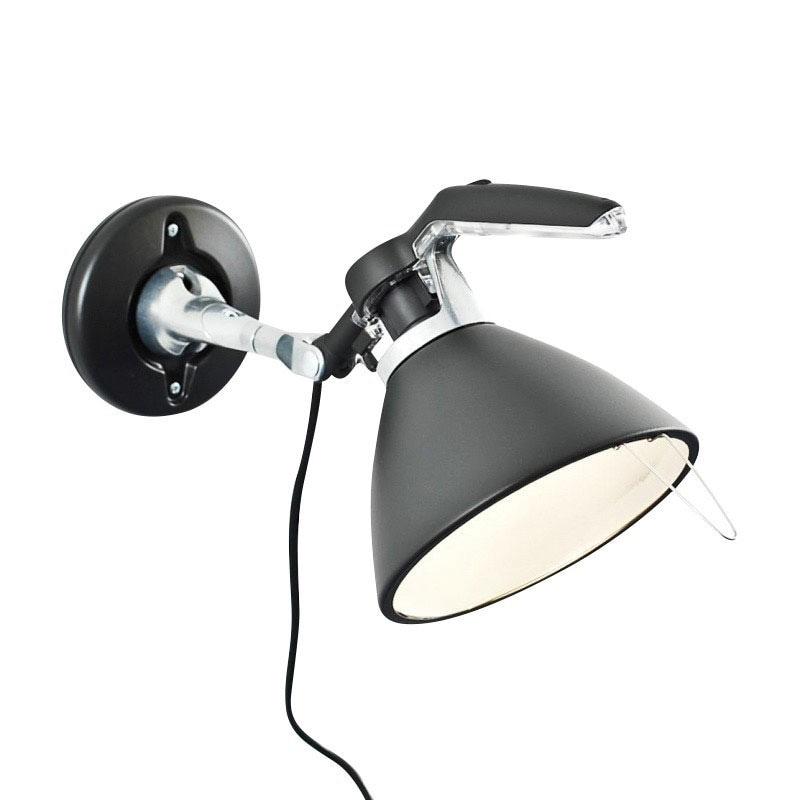 Fortebraccio D33 Vägglampa Svart