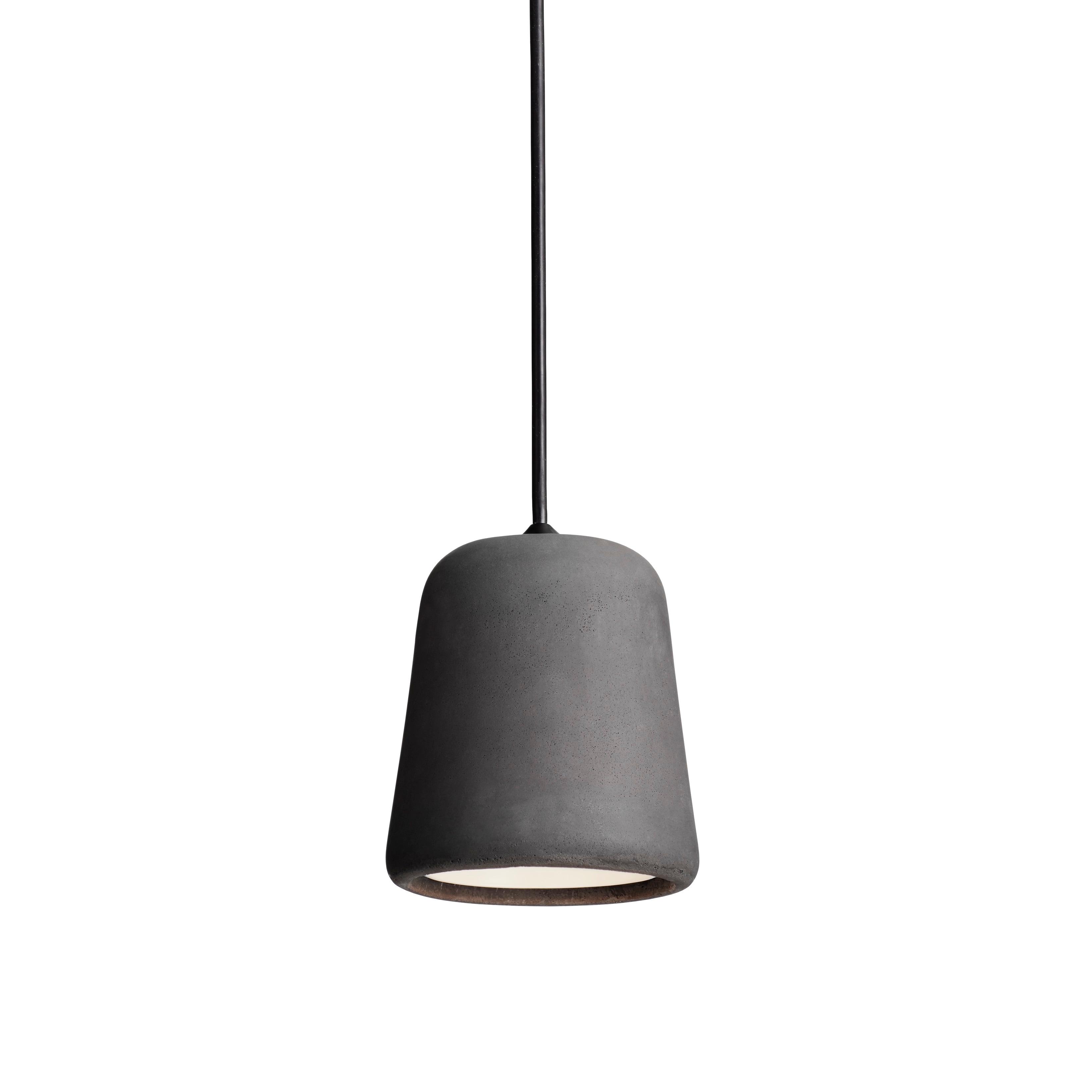 Material taklampa mörkgrå betong/svart