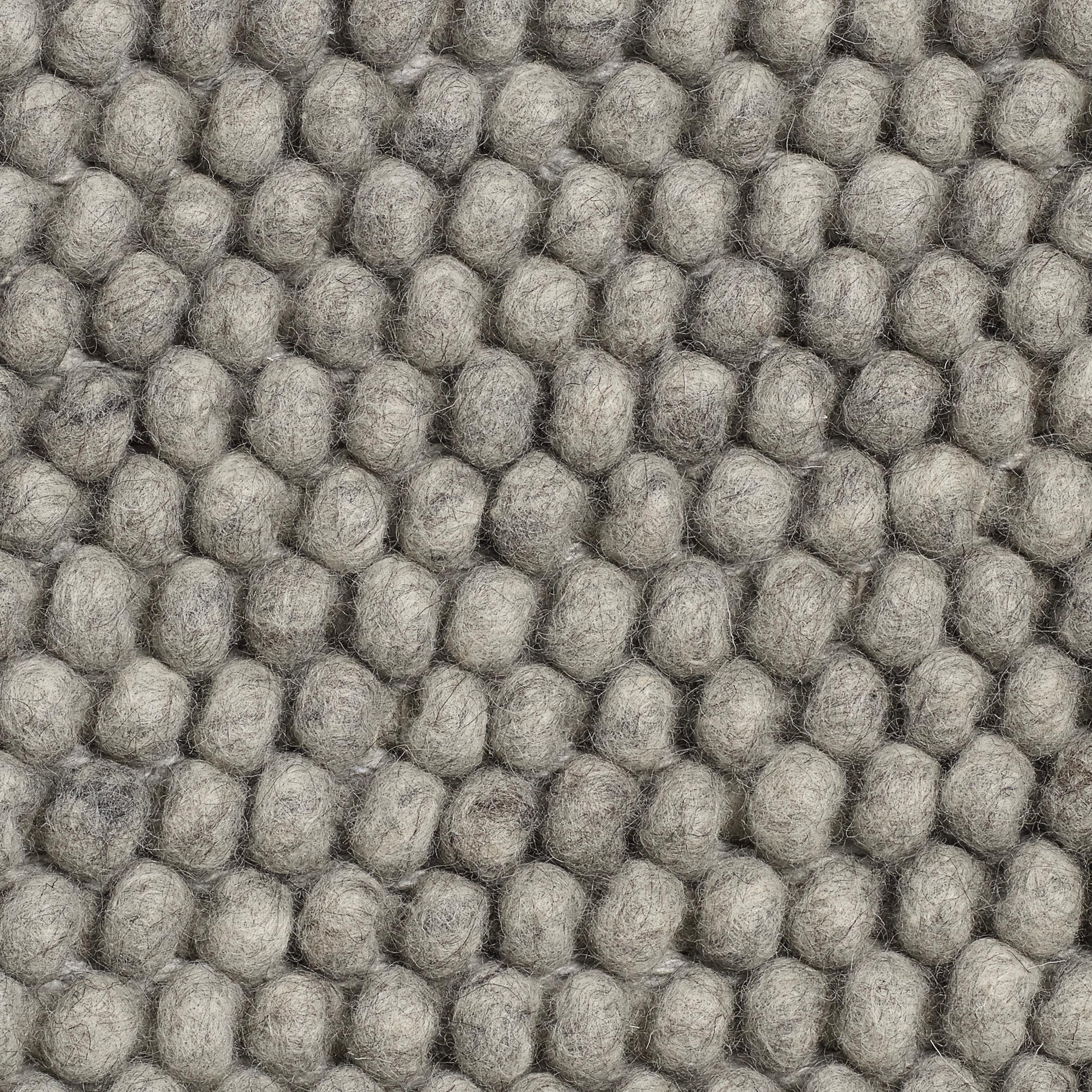 Peas matta 140 X 80 medium grey