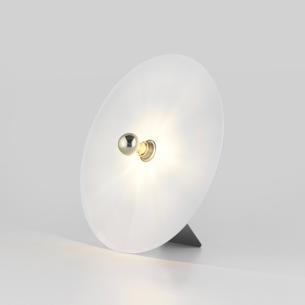 Lulu Ø30 bordslampa vit/svart