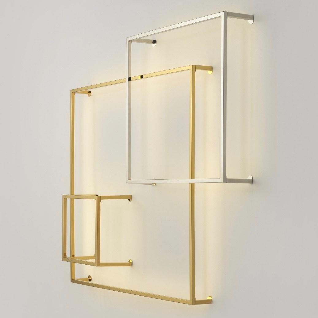 Cube 30x30 cm vägglampa guld