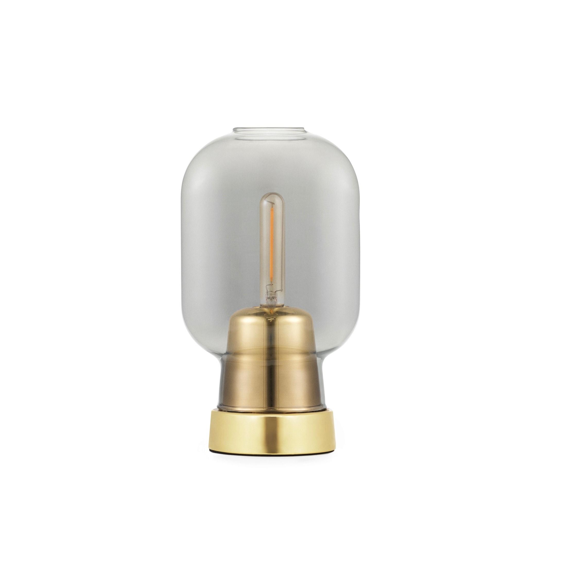 Amp Bordslampa smoke/brass