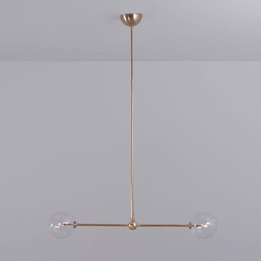 Balance 150x150 taklampa mässing