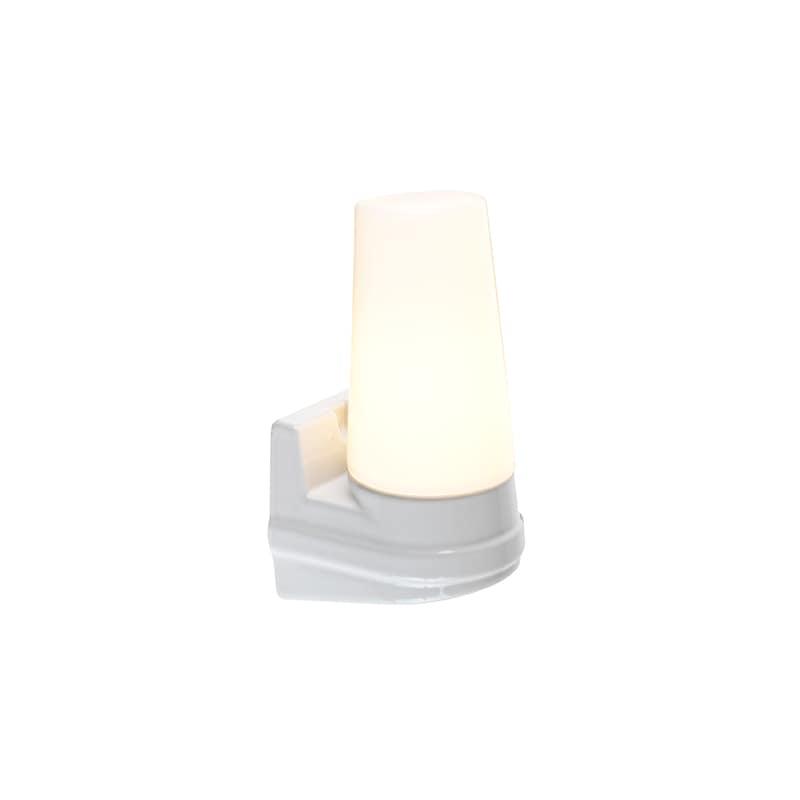 Bernadotte vägglampa opalglas/vit IP44