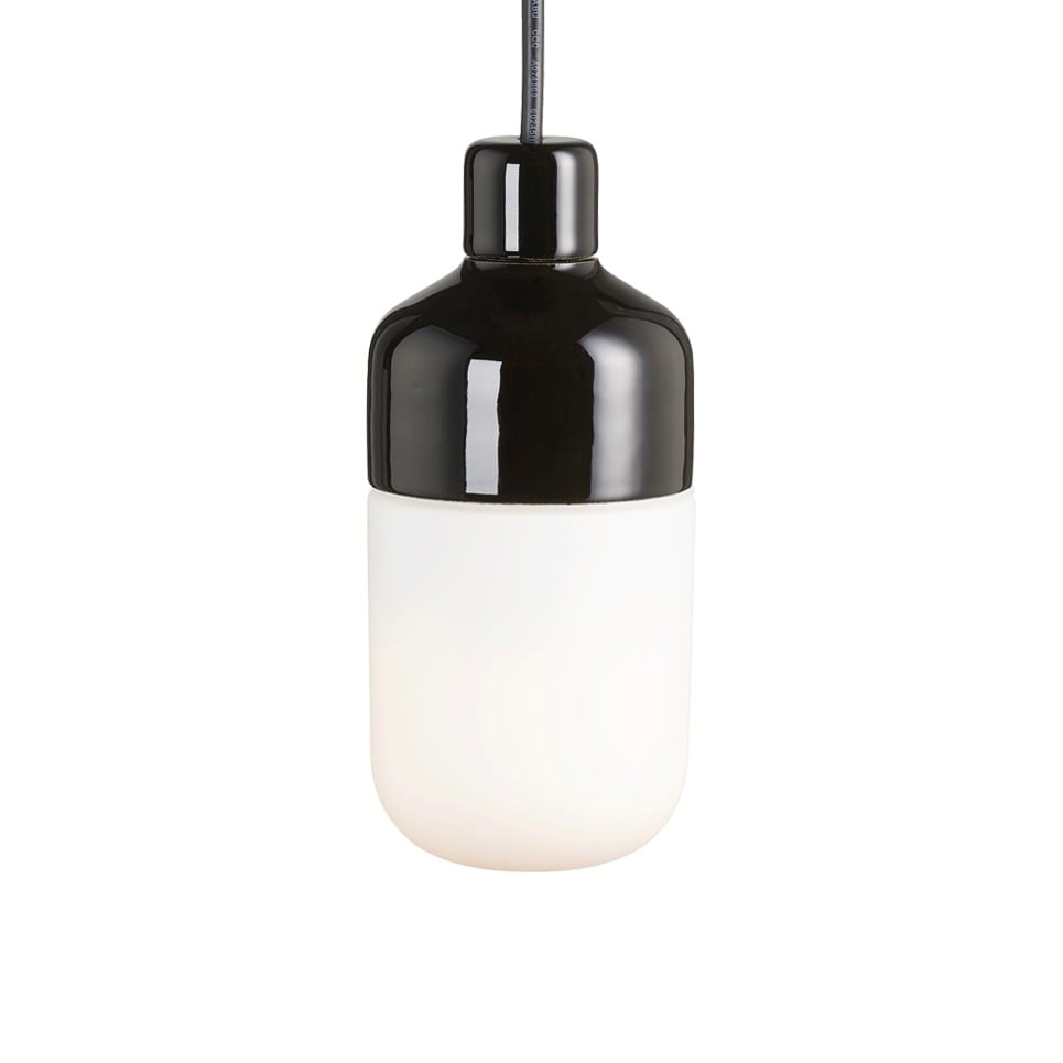 Ohm outdoor 100/215 taklampa opalglas/svart