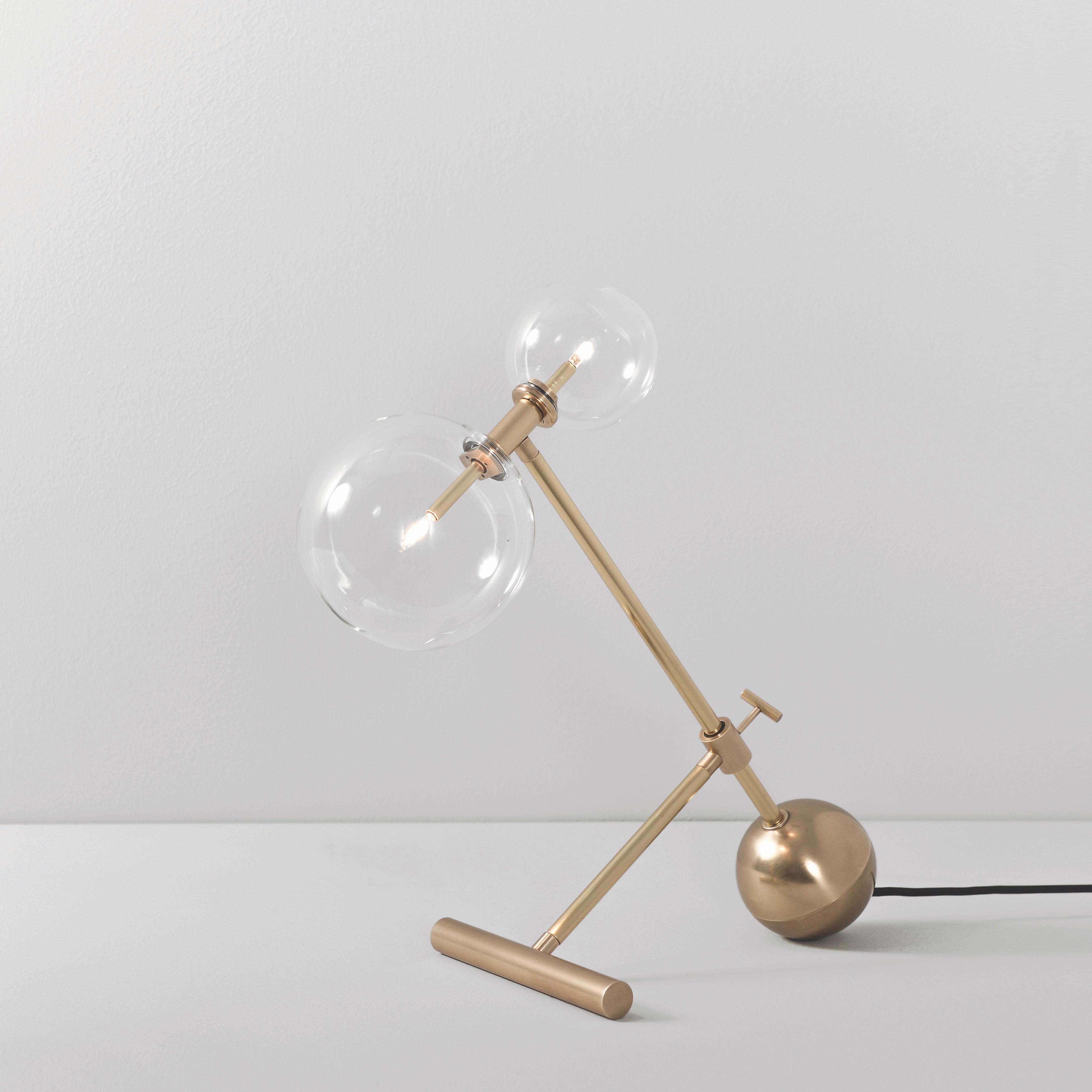 Zosia bordslampa mässing