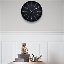 bankers-wall-clock-21-black-arne-jacobsen_2